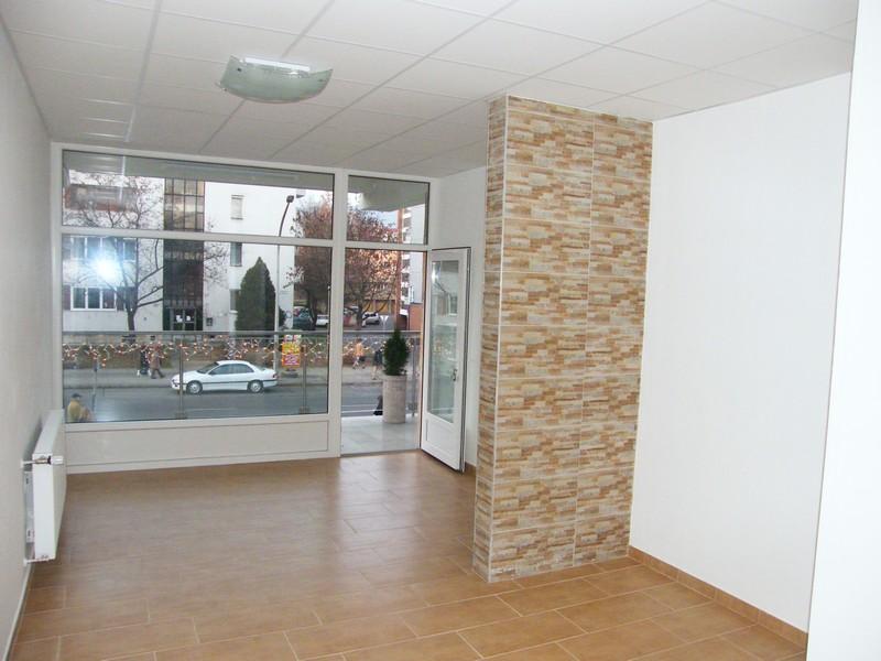 kiadó iroda pécs üzlet ingatlan belváros egyetemváros üzlet